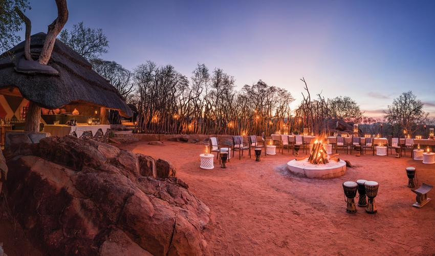 Dinner in the boma around the fire under the African stars
