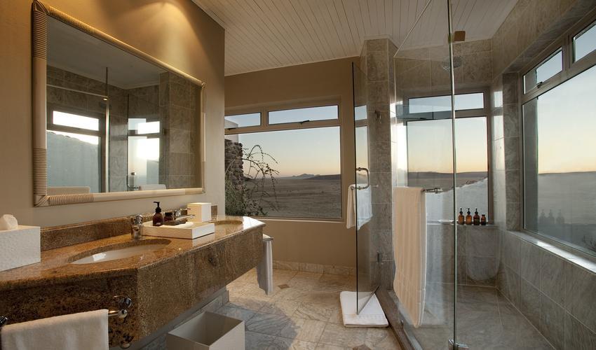 Desert Villa Bathroom