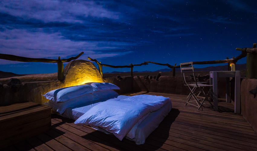 Star bed sleep-out deck