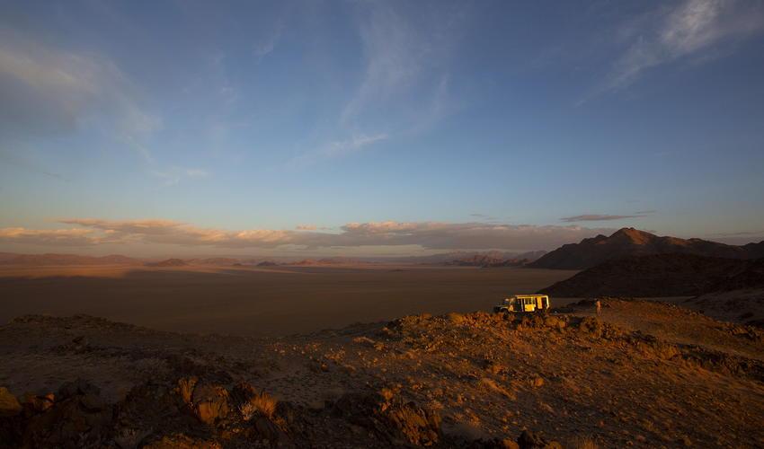Sunset drive on Kulala Wilderness Reserve