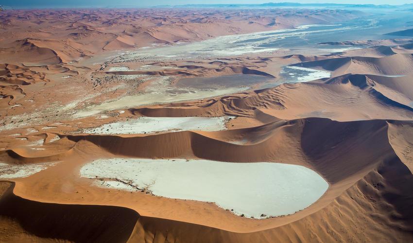 Sossusvlei's red dunes and dead vlei