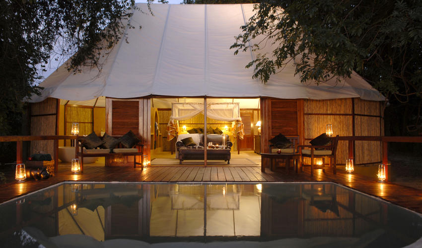 2 Luxurious Honeymoon Suites available