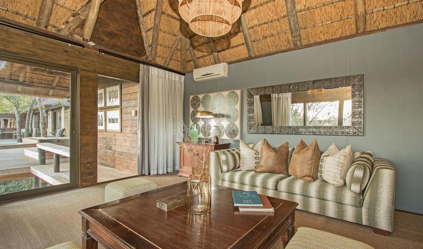 Waterhole Suite lounge