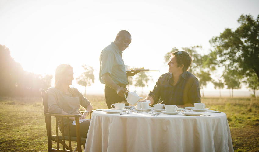 Alfresco dining at Governors' Camp