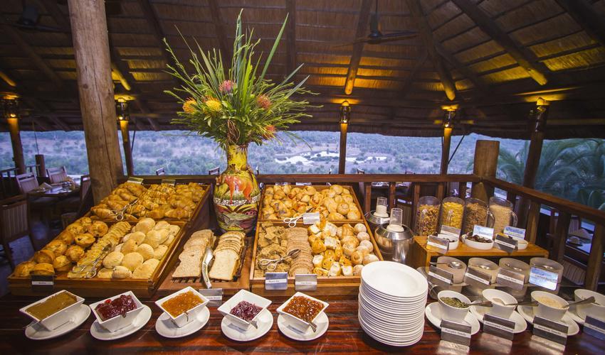 MaKuwa-Kuwa Breakfast Buffet at the lodge