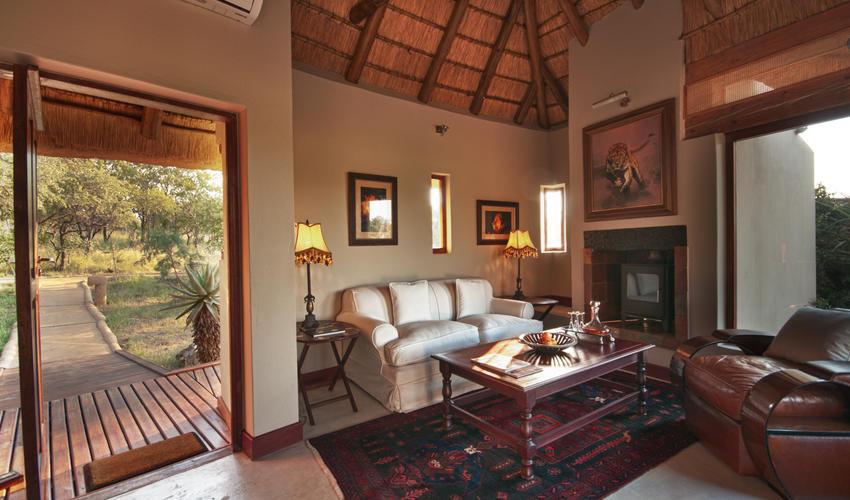 The private villa lounge