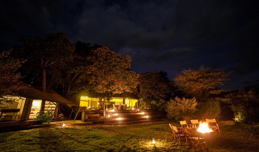 Mara Plains Lounge Exterior View