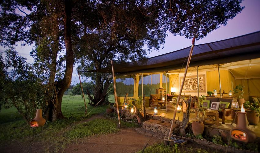 Kicheche Mara Camp at night