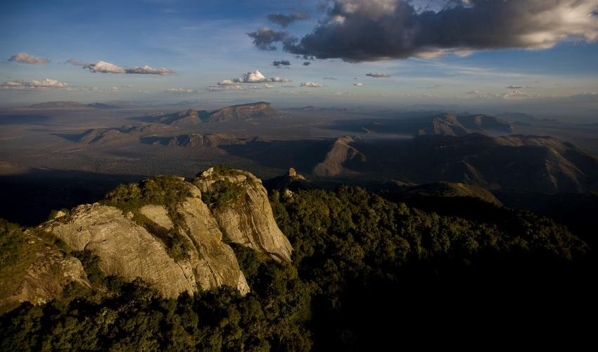 Take our scenic air plane and see stunning Samburu landscapes for yourself
