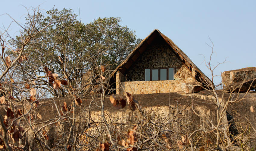 Ntwane lodge purchases on the edge of the cliff