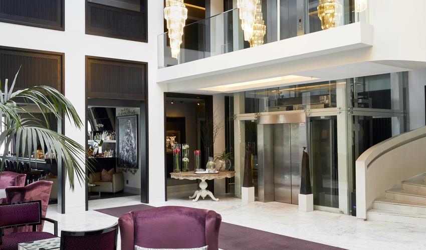 Queen Victoria Hotel | Atrium