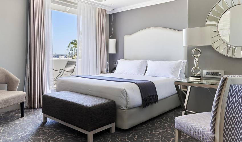 Queen Victoria Hotel | Executive Room