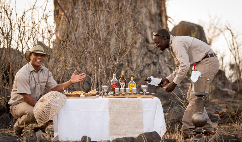 Ghoha Guides preparing for Sundowners at the Baobab