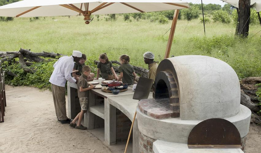 Pizza oven, kids competition