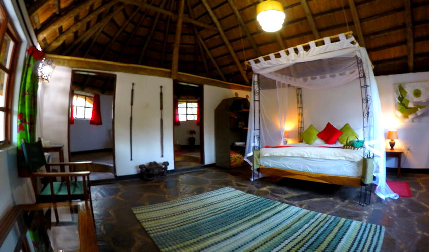Our highest standard of accommodation, spacious ensuite rooms with either king/ queen size beds or twin beds.