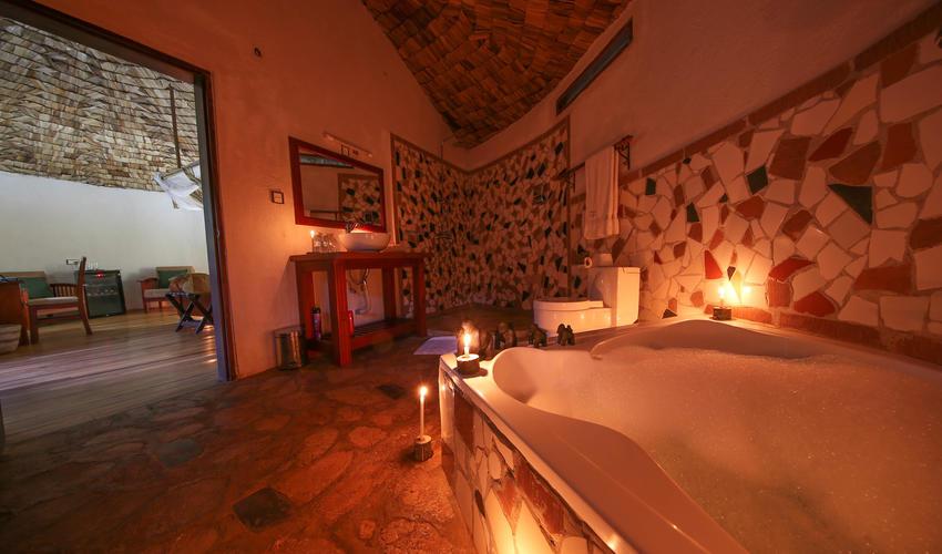 Honeymoon Suite bath rooms - has jacuzzi bath tub plus shower