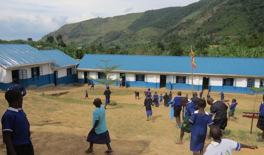 Mahogany Springs - Bwindi Plus School