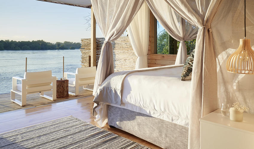 Pure bliss - with panoramic river views