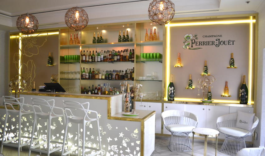 Perrier Jouet - Champagne Bar