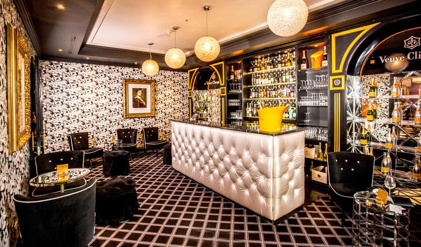 Verve Clicquot Champagne Bar