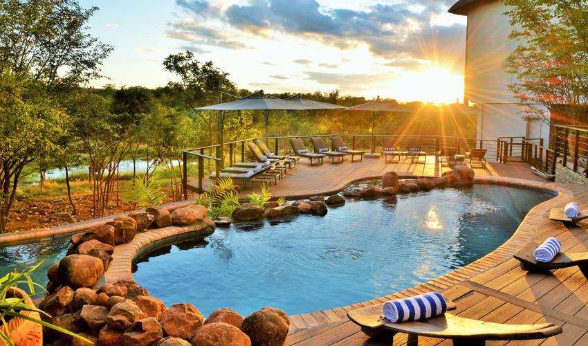 Victoria Falls Safari Club pool