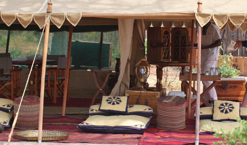 Selinda Explorers Camp Common Area