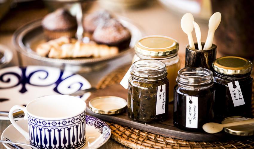 Tea table - Paddock House
