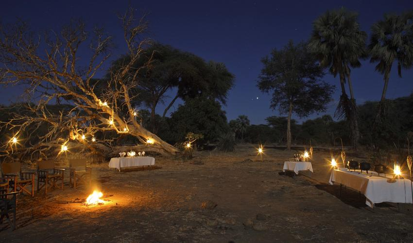 Dine under the African skies