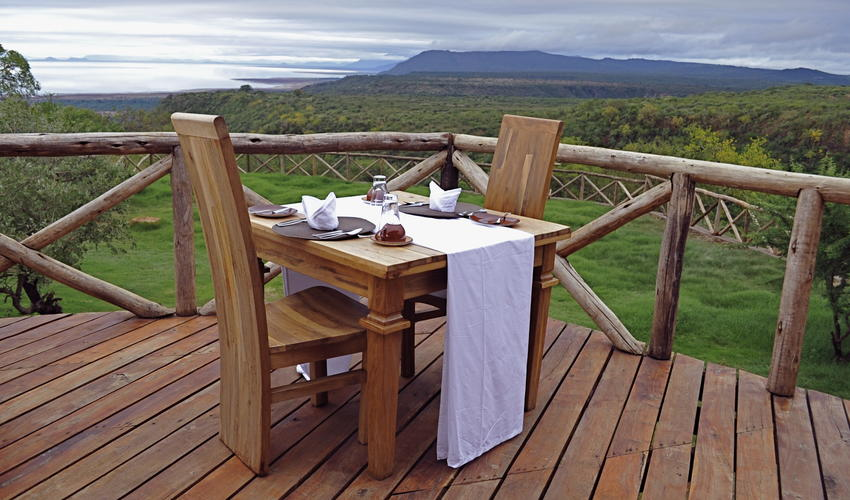 Breakfast, lunch and dinner are included in your stay. Our scrumptious meals are served in the dining area with views across the lake. Alternatively, if the weather allows, guests can dine under the stars in the outdoor Boma.