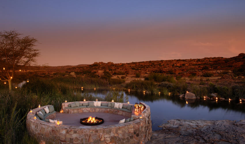 A place to gather around the fire and share stories. Perfect for sundowners and after-dinner stargazing.