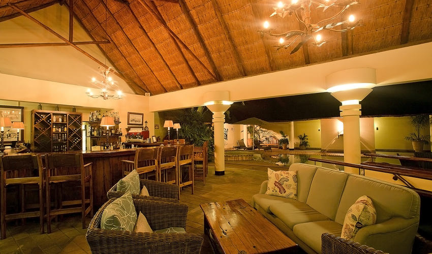 Pool side Bar, Ilala Lodge Hotel