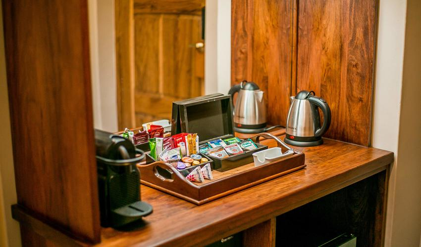 Deluxe Room, Coffee Station