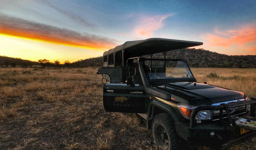 Ongava Game Reserve - Sundowner