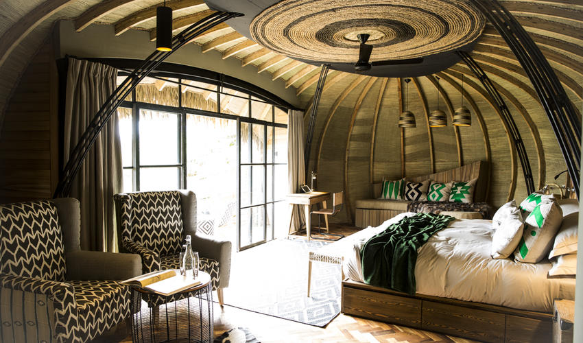 Splashes of emerald green throughout the lodge are redolent of the surrounding rainforest