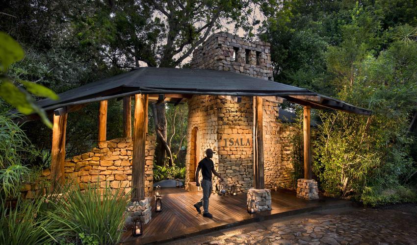 Welcome to Tsala Treetop Lodge