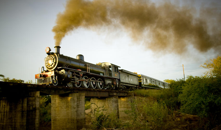 Step back in time and enjoy dinner on an old steamtrain
