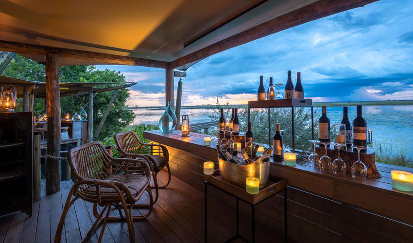 Enjoy a sunset tipple at the DumaTau bar