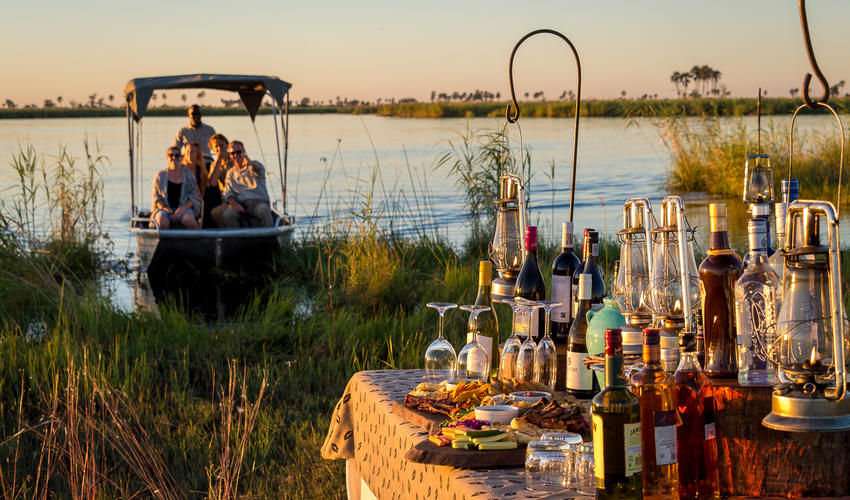 Sundowners at Osprey Lagoon
