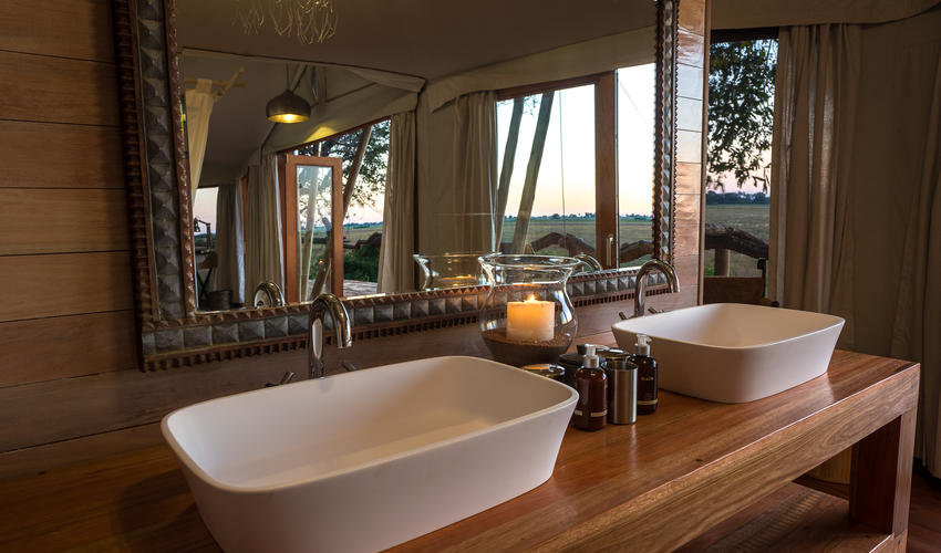 His and hers basins in the en-suite bathroom