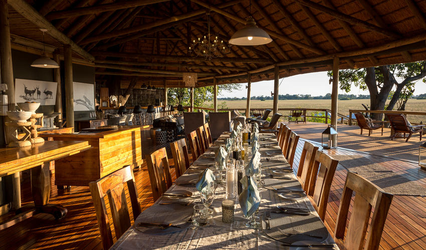 The dining area, lounge and bar all have stunning views