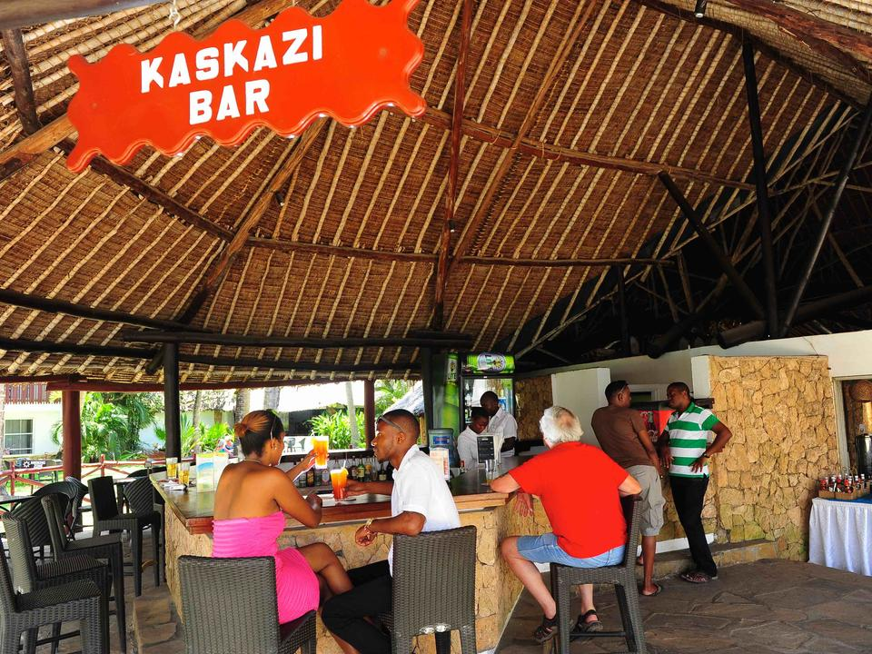 Kaskazi Bar