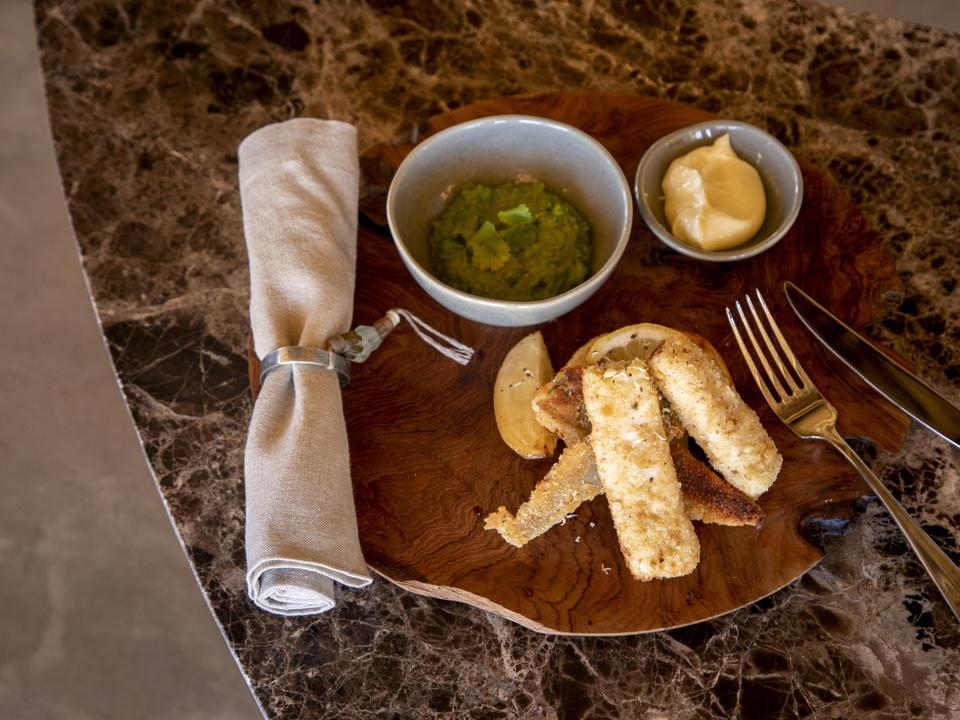 Die Mahlzeiten von Little Kulala sind frisch und enthalten achtsam Menüs mit einem Farm-to-Table-Ansatz