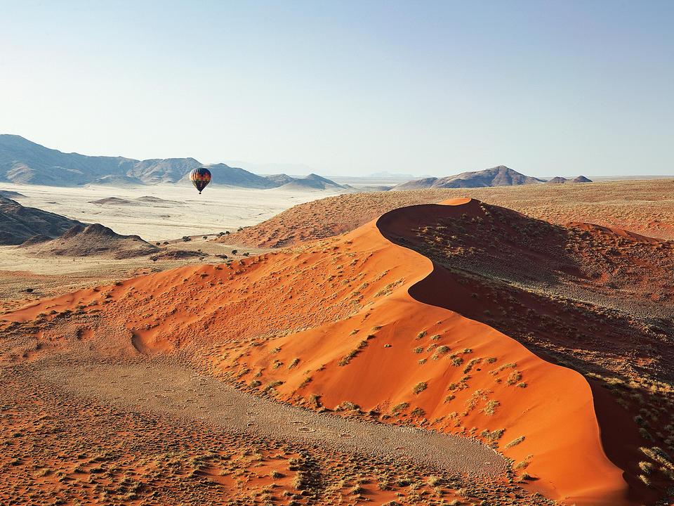 Heißluftballonflug über die Dünen Sossusvlei