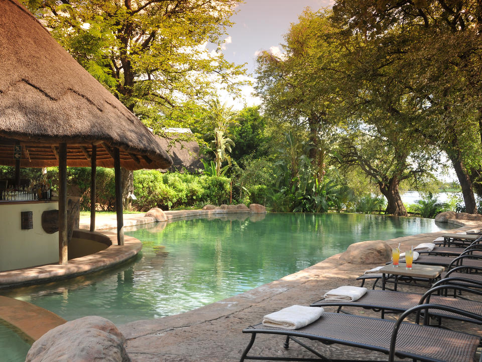 Cobe Marina Lodge Poolbereich