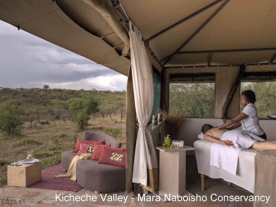 Massagen mit Blick über das Tal