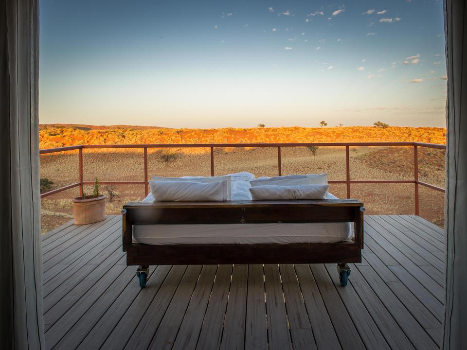 Das Bett auf der Terrasse