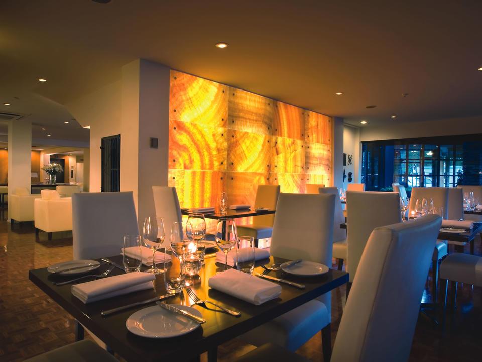 50 Bistro-Restaurant