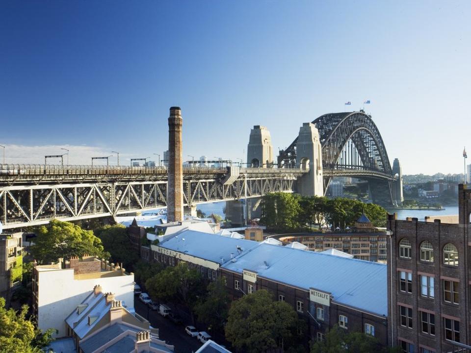 Blick vom Dach mit Blick auf die Sydney Harbour Bridge