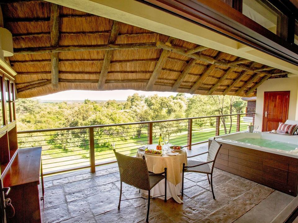 Strathearn Suite, privater Balkon mit Whirlpool