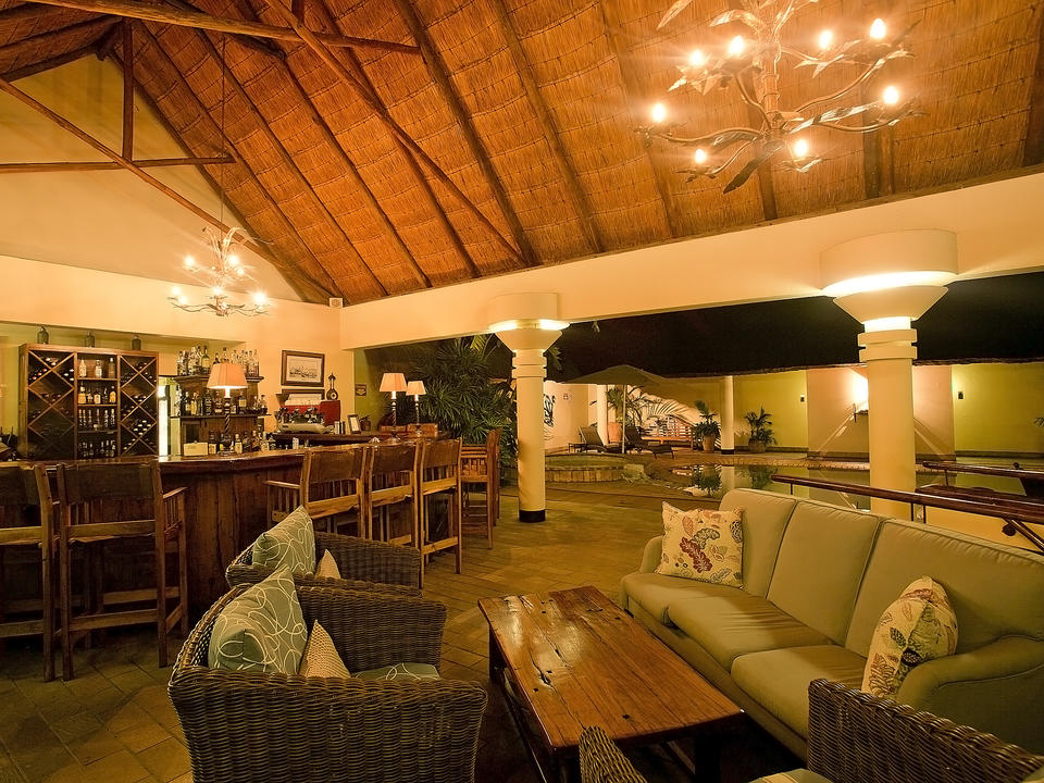Bar am Pool, Ilala Lodge Hotel